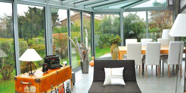 amenagement veranda exterieur amnagement extrieur dans le var with amenagement veranda. Black Bedroom Furniture Sets. Home Design Ideas